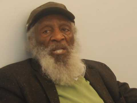 Dick Gregory – 1/22/17 LOOKING AT AMERICA