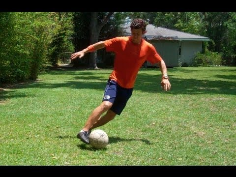 How to Dribble Like Messi – Online Soccer Academy
