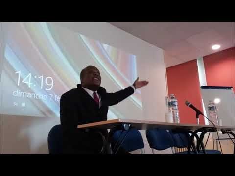 Commémoration du 30eme anniversaire de la mort de Cheikh Anta Diop. Présentation de Sesh Coovi Gomez