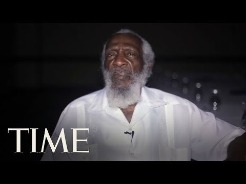 """Dick Gregory: """"What Happened In Ferguson Was More Than Just A Convenience Store"""" 