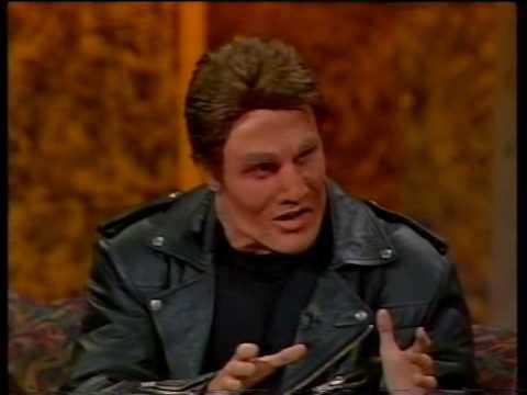 D-Gen: Arnie talks about his moofies!