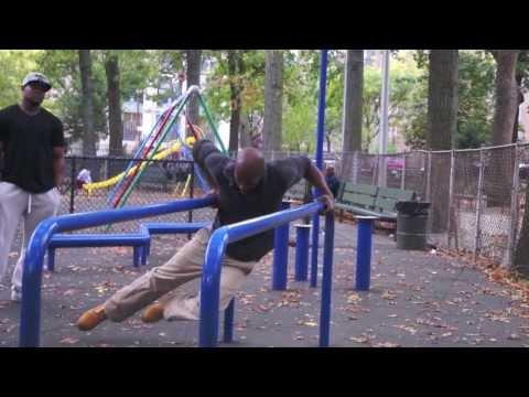Dwight Norton – Harlem Seals – Marcus Garvey Park Workout